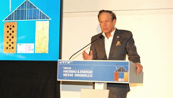 Jürgen Bodenseer eröffnet Hausbau- & Energiemesse